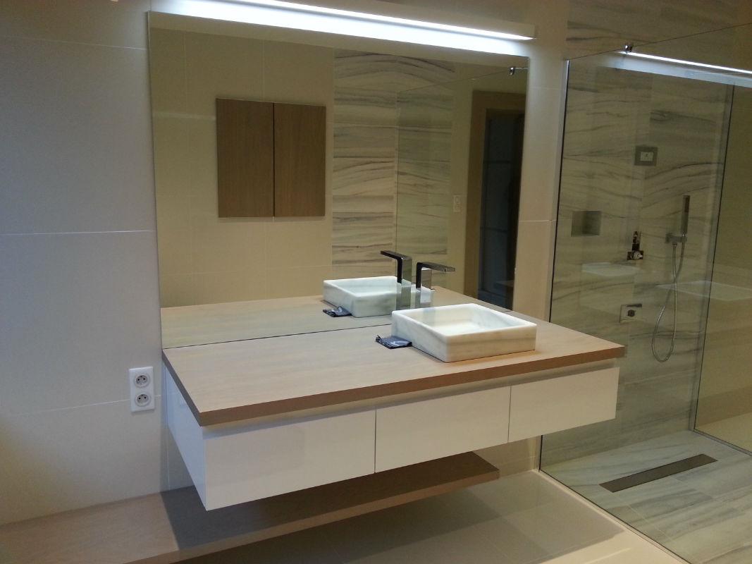 meuble de salle de bain lemoine dazy menuiserie g n rale darn tal 76. Black Bedroom Furniture Sets. Home Design Ideas