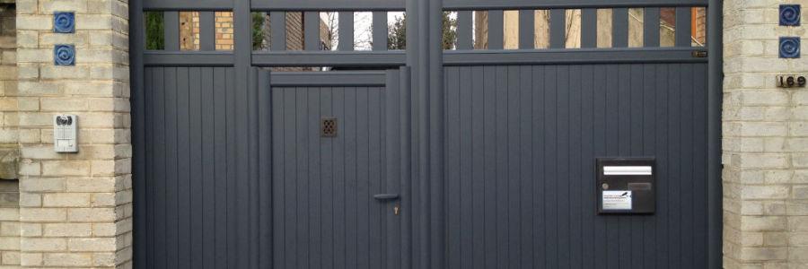 Portail avec portillon lemoine dazy menuiserie for Portail electrique avec portillon