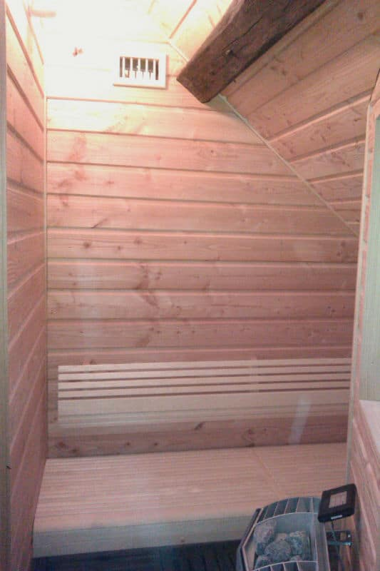 Fabrication de sauna lemoine dazy menuiserie for Fabrication sauna interieur